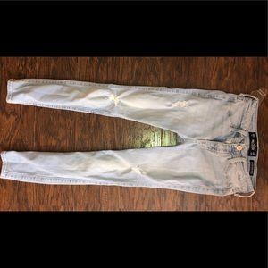 Hollister light wash jeans size 00 short new
